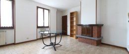 Quadrilocale semi arredato in affitto a Corte Franca ( AFQ19 )