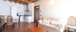 Trilocale arredato in affitto a Passirano ( AFT157 )
