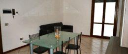 Bilocale arredato in affitto a Corte Franca ( AFB185 )
