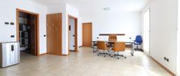 Ampio immobile in vendita a Corte Franca ( Q45b )