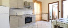 Appartamento al piano terra in vendita a Adrara S. Martino ( T234 )