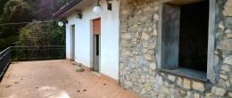 Ampia cascina parzialmente ristrutturata, con terreno, in vendita a Parzanica, zona panoramica ( CAS3 )
