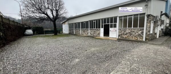 Negozio-ufficio al piano terra in affitto a Provaglio d'Iseo ( AFN44 )